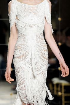 texerin-in-sydneyland: girlannachronism: Marchesa spring 2012 ready-to-wear details Marchesa Spring, Vestido Dress, Fashion Details, Fashion Design, Fringe Dress, Beautiful Gowns, High Fashion, Fashion Art, Designer Dresses