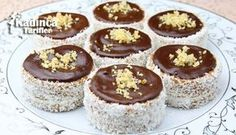 This biscuit cake is very easy to prepare, taste delicious and needs very few ingredients. It was fun and very simple to make. How to make biscuit cake . No Bake Biscuit Cake, No Bake Cake, Baking Recipes, Cake Recipes, Dessert Recipes, Romanian Desserts, Russian Cakes, How To Make Biscuits, Oatmeal Cake