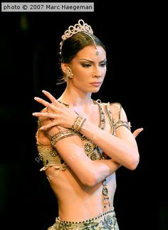 Maria Alexandrova, Principal, Bolshoi Ballet, as Gamzatti in La Bayadère;  photo Marc Haegeman