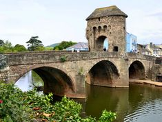 Monnow Bridge in Monmouth, Wales, is the only remaining mediaeval fortified river bridge in Great Britain with its gate tower still standing in place. Now pedestrianised, it is a Scheduled Monument and a Grade I listed building.The existing bridge was completed in the late 13th century, traditionally in 1272.