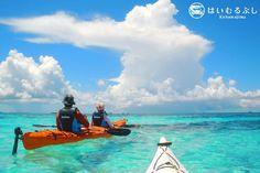 6月から再開した海の冒険家 八幡悟氏プロデュース「小浜島シーカヤックツアー」  サンゴ礁の海を散歩するような感じで楽しめるツアーです。
