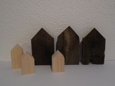 ~Scandinavian Hus~ sind Deko-Häuser aus Treibholz House In The Woods, Driftwood, Etsy, Artwork, Home Decor, Drift Wood, Christmas Jewelry, Deko, Work Of Art