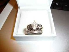 Ladies 1.5 CTW white gold diamond engagement ring - $3000 (Longview, TX)