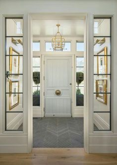 Family Home with Timeless Interiors Foyer Flooring. Foyer with slate floor tile set in herringbone pattern. Foyer opens to living room with wide plank white oak floors. Foyer Flooring, Slate Flooring, Flooring Ideas, Slate Tiles, Style At Home, Design Entrée, House Design, Design Ideas, Lobby Design