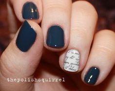 Haz énfasis en la decoración de una uña. | 25 llamativos y minimalistas diseños de arte para las uñas