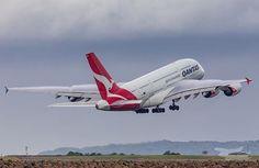 Qantas A380, Qantas Airlines, Airbus A380, Boeing 747, Private Plane, Private Jet, Australian Airlines, Dubai Airport, Air Space