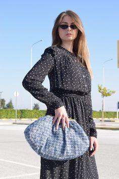HAND MADE FABRIC CLUCH Handmade Bags, Dresses With Sleeves, Long Sleeve, Fabric, Fashion, Tejido, Moda, Handmade Handbags, Tela