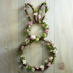 The Effective Pictures We Offer You About round Frame Crafts A quality picture can tell you many things. You can find the most beautiful pictures that can be presented to you about Frame Crafts jewelr Oster Dekor, Easter Crafts For Toddlers, Diy Easter Decorations, Garland Decoration, Hanging Garland, Holidays With Kids, Easter Wreaths, Spring Wreaths, Diy Wreath