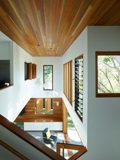 Post Post-War House by Shaun Lockyer Architects, Brisbane Australia Interior Design Boards, Interior Windows, Queenslander, House Extensions, House Music, Cool Lighting, Old Houses, Building Design, House Plans