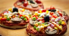 Total Choice Turkey Pizza with Greens.  A healthy combination of meat as well as vegetables on top of a baked bread, this pizza would be perfect for your group gatherings as well as family meals. You can create as many as you like and go crazy with the toppings, especially if you happen to have kids to serve this to. Get full recipe here: http://dr-oz.com/total-choice-turkey-pizza-with-greens-recipe