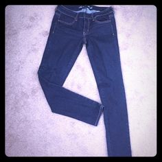 American Eagle jeans.👖👖 Dark blue , like new .super stretch jegging.Skinny jeans.Short, perfect condition. American Eagle Outfitters Pants