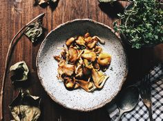 Super easy recipe for mushrooms sauteed in butter