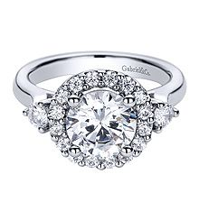 This is my favorite out of these, in case you were wondering. ;-) #Gabrielco #Engagement #Ring
