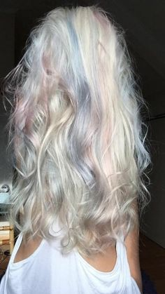 Pastel queen  #pastel #colors #hair #hairinspo #longhair #curls #queen #blonde #icecold #white