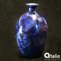 Porcelanowy wazon - lodowe kryształy. Stworzony w pracowni Sztuk Kilka Do kupienia w atelio.pl