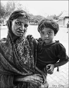 https://flic.kr/p/kjjob1 | Indian Mother and child