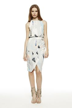 Shop online feminine florals and prints in new shapes. Chic styles for your occasion, day-to-night office wear. Office Wear, Women Wear, Feminine, Boutique, Summer Dresses, Chic, Floral, How To Wear, Clothes
