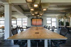Inside Soundcloud Office in Berlin Corporate Office Design, Workplace Design, Office Interior Design, Office Interiors, Cloud Office, Creative Office Space, Office Images, Office Plan, Shared Office