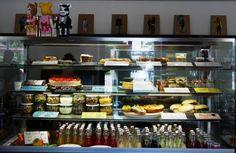Guten Morgen liebe Sorgen… NICHT BEI UNS im Café Zauberflöte 😉 Täglich allerlei Leckereien und Gesundes aus unserer Frische-Theke im Z Café Offenburg... Kommt vorbei… freuen uns auf Euch