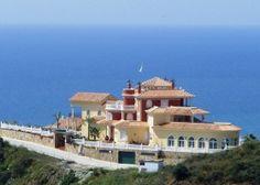 Beach side villa for sale at Benalmádena: 8 bedrooms, 7 bathrooms, Listing ID 1076, Benalmádena, Marbella East,