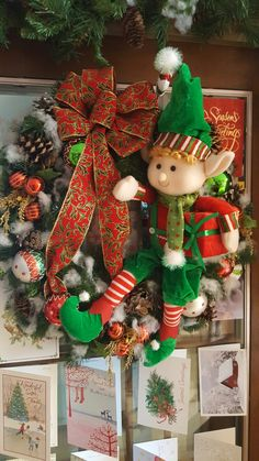 Christmas Elf, Christmas Projects, All Things Christmas, Christmas Tree Ornaments, Christmas Wreaths, Xmas Decorations, Holiday Decor, Wreath Ideas, Baby Shower
