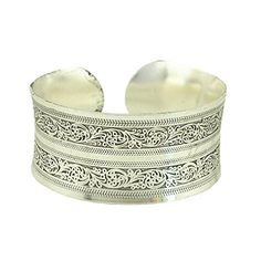 Grand Womens Antique Silver Carved Open Cuff Bangle Brace... http://www.amazon.com/dp/B01FGYFJ3M/ref=cm_sw_r_pi_dp_LzYmxb18YJF3S
