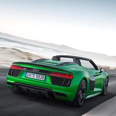 Sometimes Audi puzzles me.  Why do they put this duck tail on the R8 Spyder plus? The R8 plus Coupe wing would have done the job as well. What do you think  -- #Audi #R8Spyderplus in #Micrommatagreen pic Audi ---- oooo #audidriven - what else ---- #AudiR8 #newR8Spyder #newR8 #R8 #Spyder #newR8Spyderplus #R8plus #quattro #4rings #AudiSport #drivenbyvorsprung #audirsperformance #carsbyaudisport #R8color #greenR8 #greenr8spyder