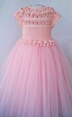 Crochet dress for women kids Best ideas Girls Tutu Dresses, Tutus For Girls, Girls Party Dress, Little Girl Dresses, Baby Dress, Kids Tutu, Flower Girls, Peach Flower Girl Dress, Crochet Tutu Dress