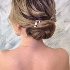 Braid videos Hair tutorial video – Tutorial Per Capelli Easy Hairstyles For Medium Hair, Box Braids Hairstyles, Cool Hairstyles, Updos For Fine Hair, Updo For Short Hair, Upstyles For Short Hair, Medium Hair Updo, Casual Updos For Medium Hair, Updos For Medium Length Hair Tutorial