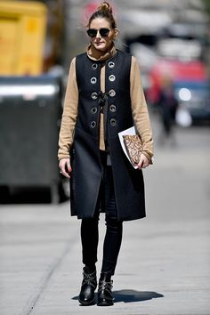 a7afacb20b8 The easiest way to follow your favorite blogs Olivia Palermo Outfit