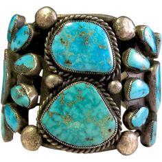 Fabulous vintage Indian Navajo sterling fine quality turquoise bezel large cuff bracelet