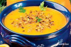 Gyömbéres-narancsos sárgarépa-krémleves pirított napraforgómaggal  szombat   ebéd  230 Kcal