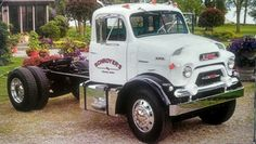 "1957 GMC DR 800 with a 4-71 General Motors diesel w/jake brake, and air suspension on both axles... both features being rare on 1950's era trucks. Truck is at the Schroyer Truck Museum in Celina, OH. Photo is from CAT Scale ""trading card."" Big Rig Trucks, Gm Trucks, Cool Trucks, Gmc Vehicles, Custom Chevy Trucks, Heavy Machinery, Vintage Trucks, Rigs, Tractors"