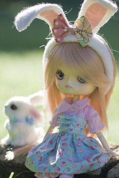 Blythe Easter doll