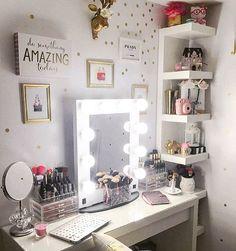 Another makeup set up!