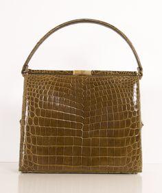sweet little 50s vintage olive alligator handbag