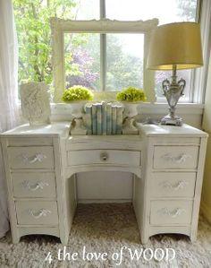 DIY:: Dresser Makeover !