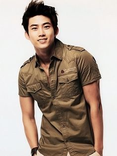 2PM's Taecyeon. Hello Goodlooking!