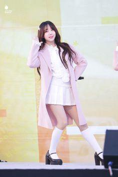 Cute Asian Girls, Sweet Girls, Jin, American Apparel Tennis Skirt, Singer Tv, Lovelyz Kei, Drawing Clothes, Fashion Outfits, Womens Fashion