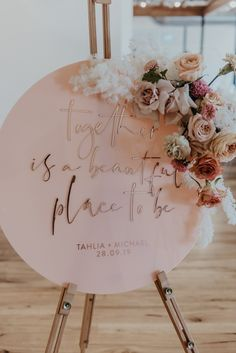 With - Wilderness Flowers at Babalou Weddings Photo: Ivy Road photography Wedding Goals, Fall Wedding, Diy Wedding, Rustic Wedding, Wedding Flowers, Dream Wedding, Wedding Stationery, Wedding Planner, Wedding Invitations