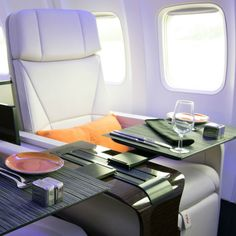 Four-Seasons-Private-Jet