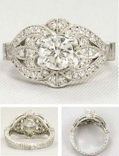 BEAUTIFUL Vintage Engagement ring!