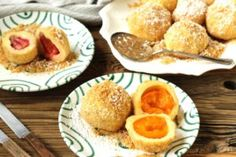 Have you ever wanted to make Austrian Apricot Dumplings – Marillenknödel – at home? It's actually way easier than you think. Here you will find detailed instructions with step-by-step photos. Lemon Zucchini Muffins, Zucchini Bars, Chocolate Flavors, Chocolate Chip Cookies, Buttermilk Brownies, Frozen Dumplings, Dumpling Dough, A Food, Food And Drink