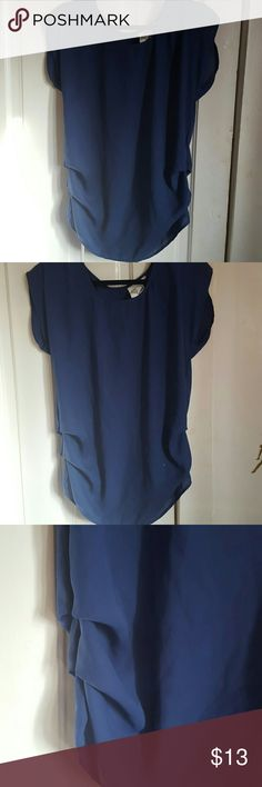 ❤❤❤Blue Top Never used, blue top Tops Blouses