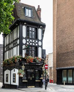 Pub in Mayfair, London