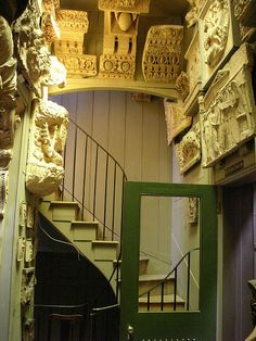 John Soane Museum which used to be the private house of a inveterate collector.