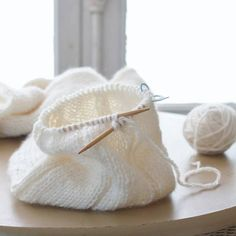 jstakise_20160116_010 Lace Knitting, Knit Crochet, Ballet Dance, Dance Shoes, Knitted Hats, Diy And Crafts, Baby Shoes, Reusable Tote Bags, Sewing
