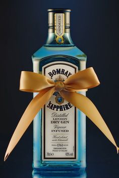 With a gift this beautiful, a finishing touch is all you need. Add Bombay Sapphire to your basket.
