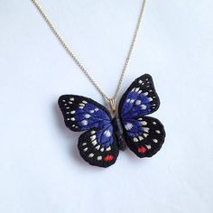 Embroidered butterfly necklace. 大紫蛱蝶项链。#embroidery #stumpwork #stitch #刺繍