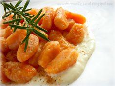 DOLCEmente SALATO: Gnocchi di zucca e patate su fonduta di formaggio